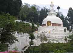 Japanese-Temple-and-Peace-Pagoda in Darjeeling